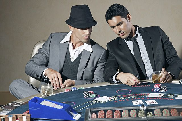 11 Blackjack Tips Everyone Should Know to Icrease Winnings & Success